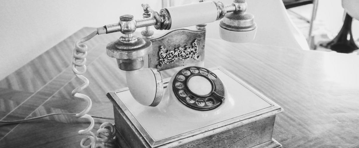 Profitez de notre service de réveil téléphonique unique en son genre!